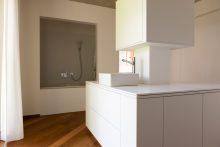 Platz auf dem Waschtisch Dank cleverer Anordnung der Waschbecken.